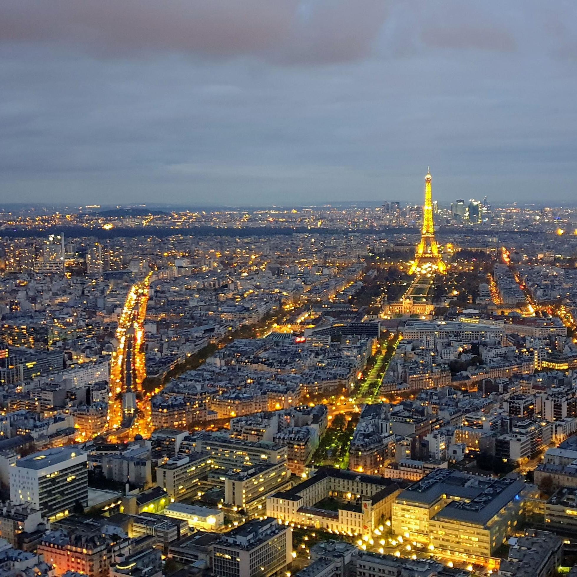 Disneyland + Paris